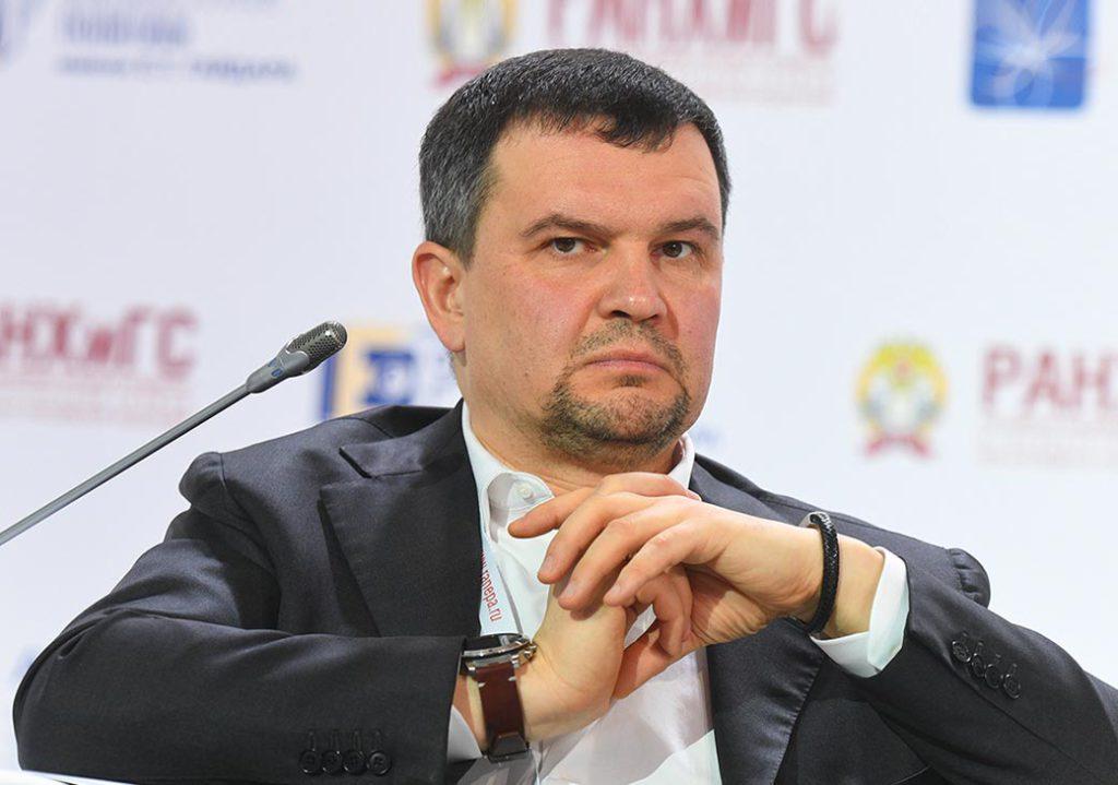 Вице-премьер Акимов о производительности труда в России: Уже 100-летний разрыв от ведущих экономик